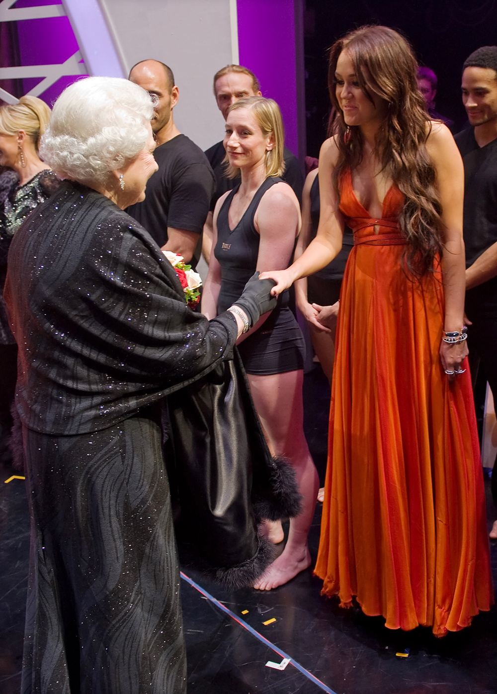 Miley Cyrus met Queen Elizabeth II of the U.K.